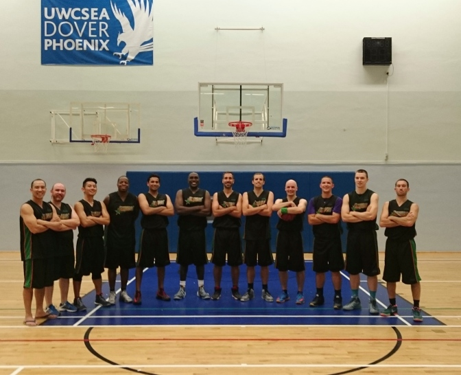 ENTOURAGE BBALL INC qualify for playoff semi-finals